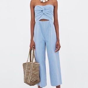 Zara seersucker cullotte jumpsuit • M •